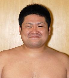 吉田 勝雄